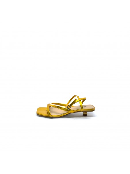 Lola cruz - 078Z23BK Sandalo Amarillo